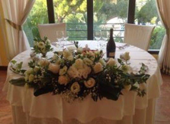 Arqua Petrarca, Italia: tavolo sposi