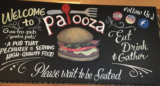 Kenwood, CA: Palooza Entrance Sign