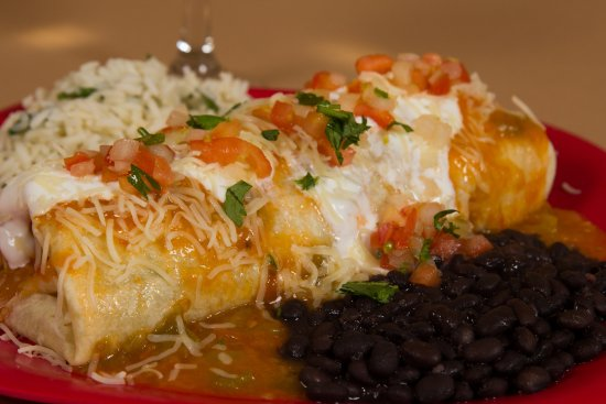 Peppers Mexican Grill : Verde Smothered Burrito