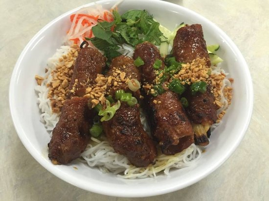 Milpitas, CA: Rolled Beef Vermicelli Bowl