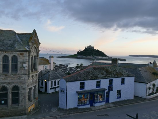 Marazion Hotel: The view from our bedroom window