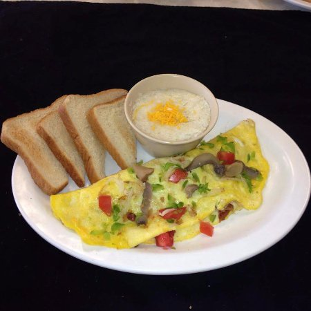 Clarkesville, GA: Old fashion omelets served your favorite way
