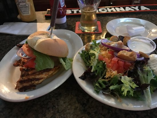 Mentor, OH: Blackened chicken was excellent and side salad was very generous portion!  Spicy turkey club was