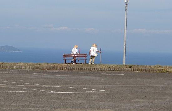 Kanonji, Japón: 海を見ながら次のロープウェイを待ってます。