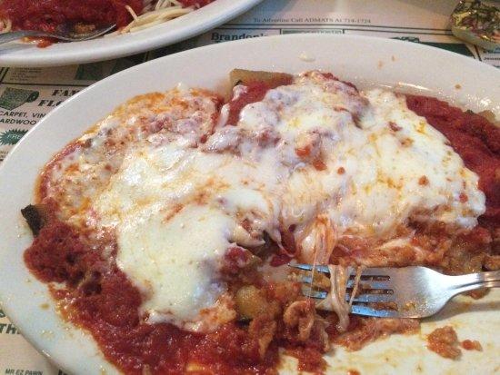Chesapeake, VA: Eggplant Parmigiana, yum!