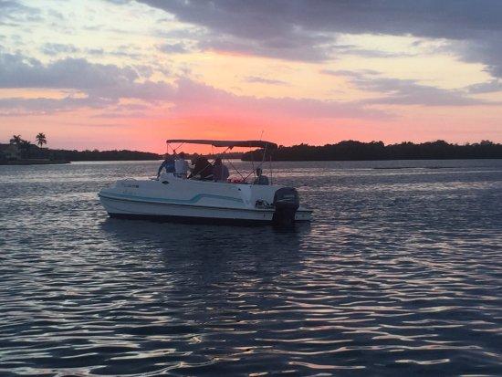 Matlacha, Floryda: Captain jacks mission statement.great family times ,true Florida nature,we make it happen .finis