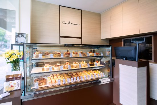Raffles Place, Singapore: The Patissier - Internal View