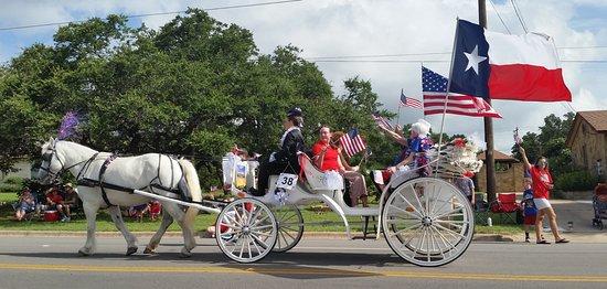 Lago Vista, Техас: 4th of July parade