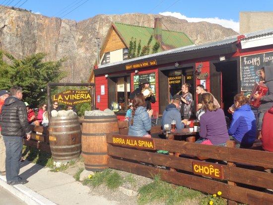 La Vinería: Visita de grandes músicos y uno era del Ciclón!!!