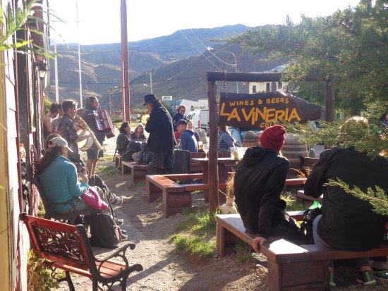 La Vinería .. WINE & BEER