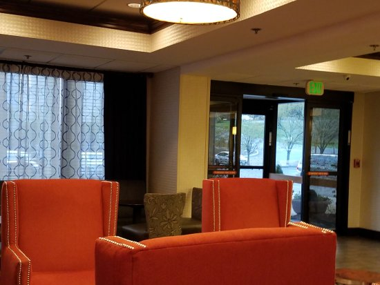 Hampton Inn Bristol: 20170324_074155_large.jpg