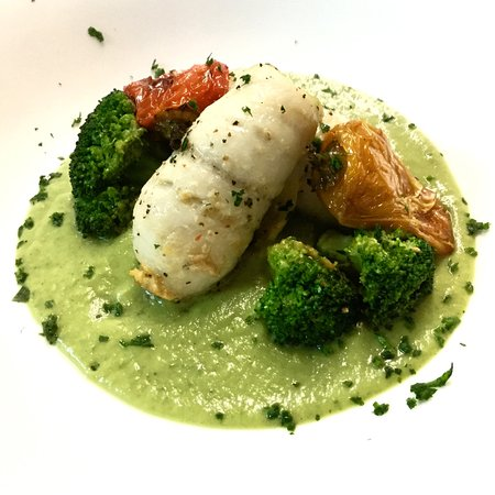 Valley Stream, NY: Stuffed White Fish on bed of Broccoli Purée, Roasted Baby Peppers & Broccoli