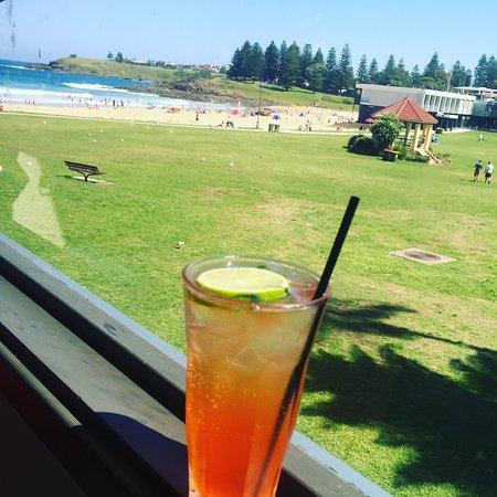 Kiama, Australien: Cocktails by the Beach