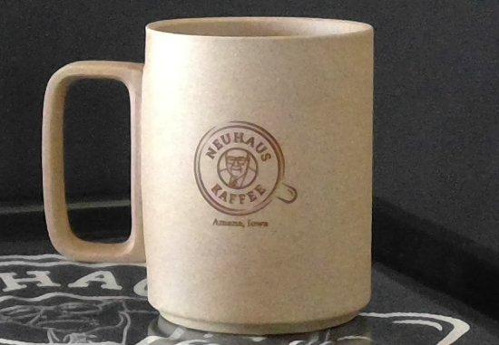 Amana, IA: Neuhaus Kaffee Souvenir Mugs