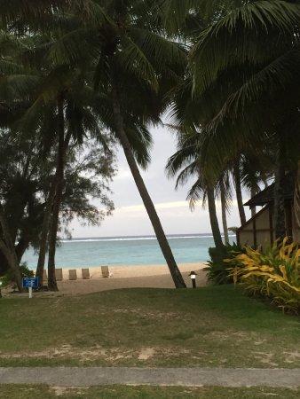 Vaimaanga, Cook Islands: Just across the raod