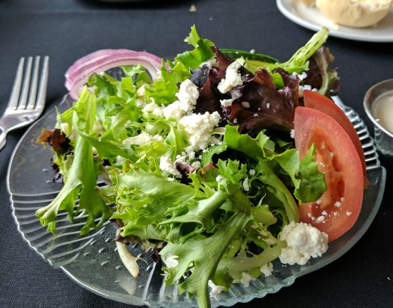 Hillsboro, MO: House salad included with steak dinner