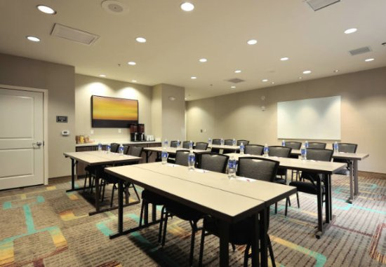 Our Tomball, TX hotel's Meeting Room