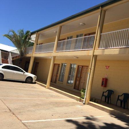 Mount Isa, Australia: kookaburra st side