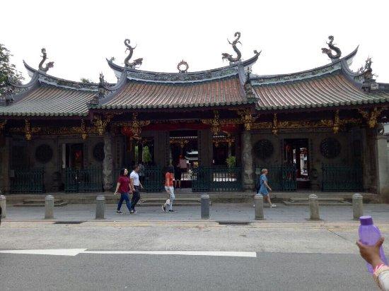Chinatown: Chinese temple