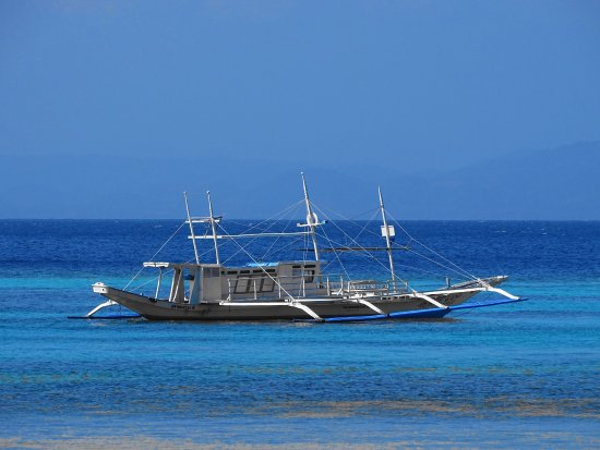 El Nido Resorts Apulit Island: The transfer boat for day cruises