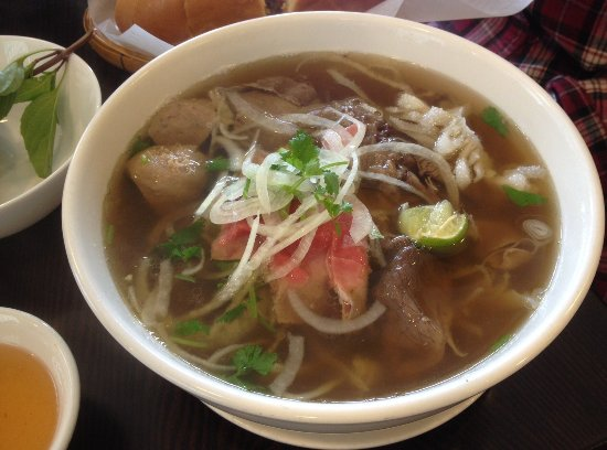 Pho Dac Biet With Rare Beef Brisket Beef Ball And Tripe Picture Of Baoguette Vietnamese Bistro Kerrisdale Vancouver Tripadvisor
