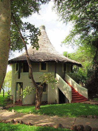 Lake Manyara National Park, Tanzania: One of the accommodation huts