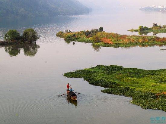 Tonglu County, China: It really was a beautiful place