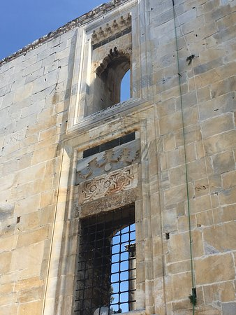 Isa Bey Mosque: Ferahlık hissi veren çok güzel bir cami