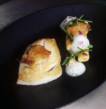 Saintes, Frankreich: Restaurant vingt neuf