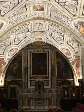 Sant 39 anna dei lombardi monteoliveto napoli tripadvisor for Sagrestia vecchia