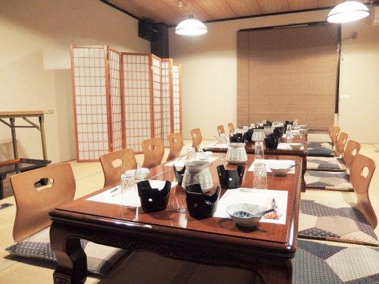 ご家族の祝い事にも、よく利用されます。全席個室のみのお店 京都かに料理【かに満】より