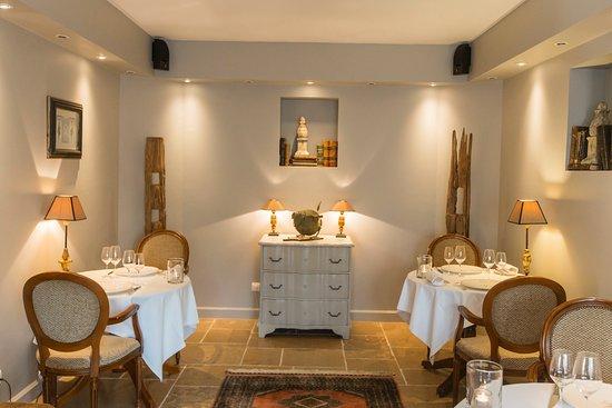 Le Clos du Cèdre : L'un des salon de notre Restaurant