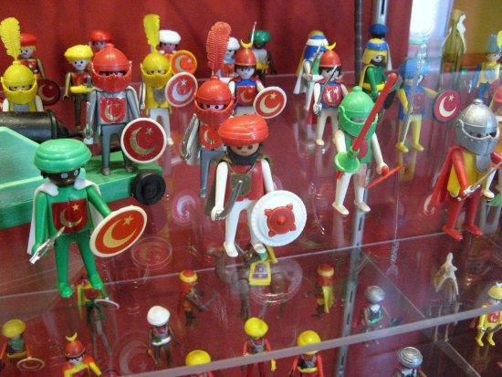 Museum of Military History (Hadtorteneti Muzeum) : Toy exhibiton in the Museum