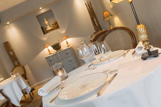 Le Clos du Cèdre : Salon de notre Restaurant