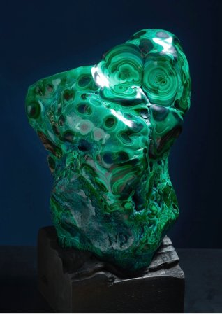 Choeng Thale, Thailand: Polised Malachite from Congo