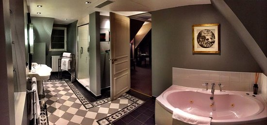Champs Elysees Plaza Hotel: photo1.jpg