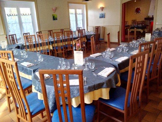 Livron-sur-Drome, France: Vue banquet
