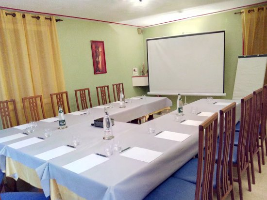 Livron-sur-Drome, France: salle Pour vos séminaire