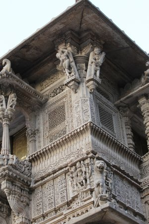 Hathee Singh Jain Temple: Artwork