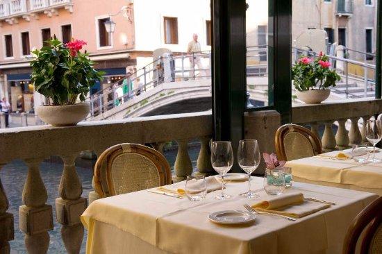 Canal view Tables - Picture of Ristorante La Terrazza, Venice ...