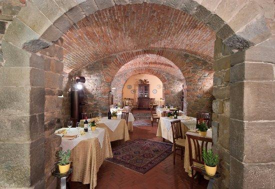 Poppi, Italien: Antica Cantina origine 1300/1440 tutta a volte con pietra locale