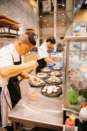 Robina, Australia: chefs in action
