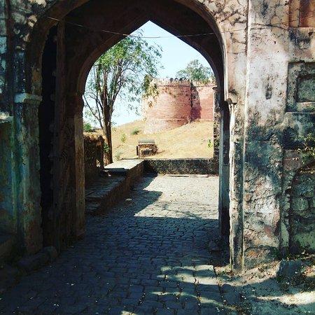 Siste liten-hoteller i Dhar