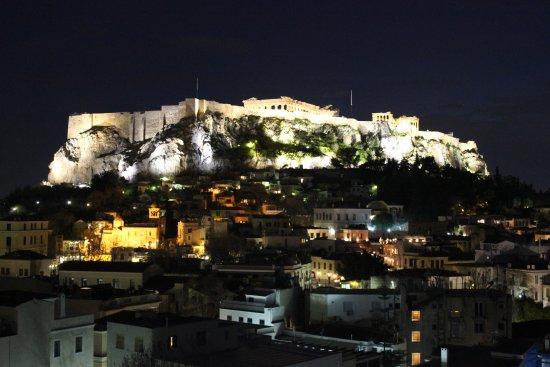 Central Athens Hotel: Vista desde la terraza bar