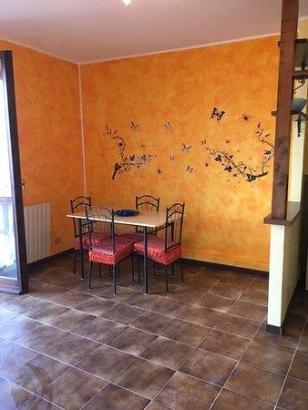 Perledo, إيطاليا: casa miralago