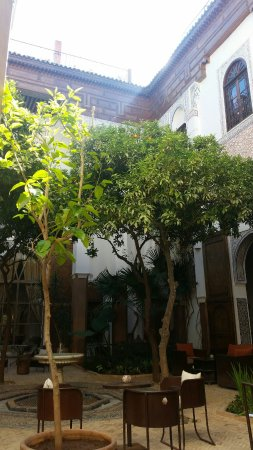 Riad Laaroussa Hotel and Spa: Innenhof