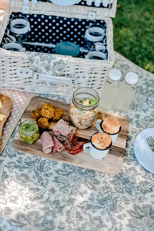 Swartberg Country Manor: Gourmet picnic