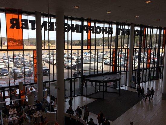 Stromstad, Swedia: Greit shoppingsenter i Harryland