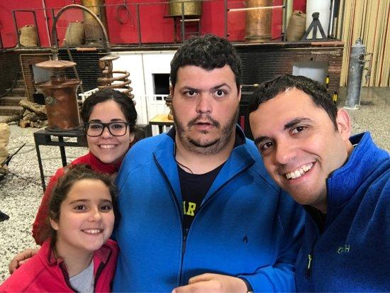 ريوت, إسبانيا: En Destilería Machaquito disfrutando de sus productos