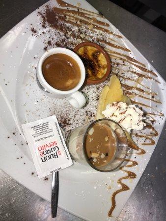 Saint Michel de Maurienne, Франция: Café gourmand